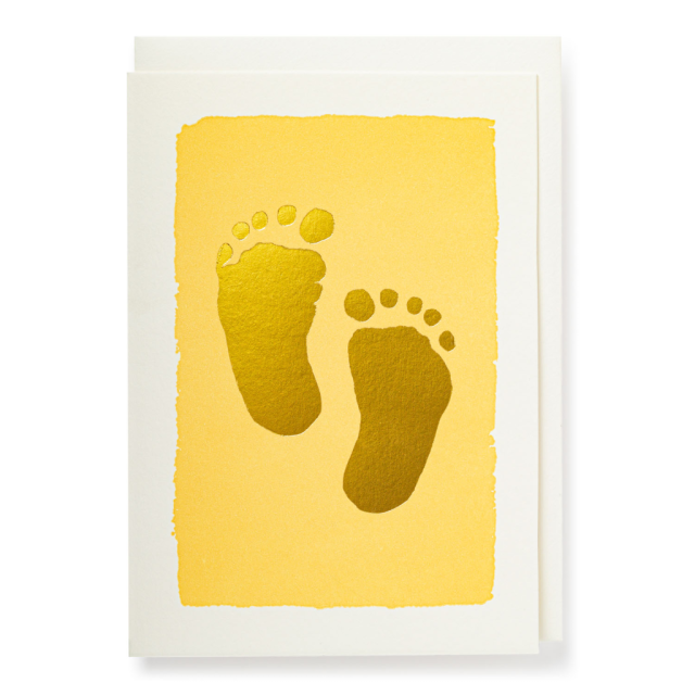 Gold Toes Cream Background